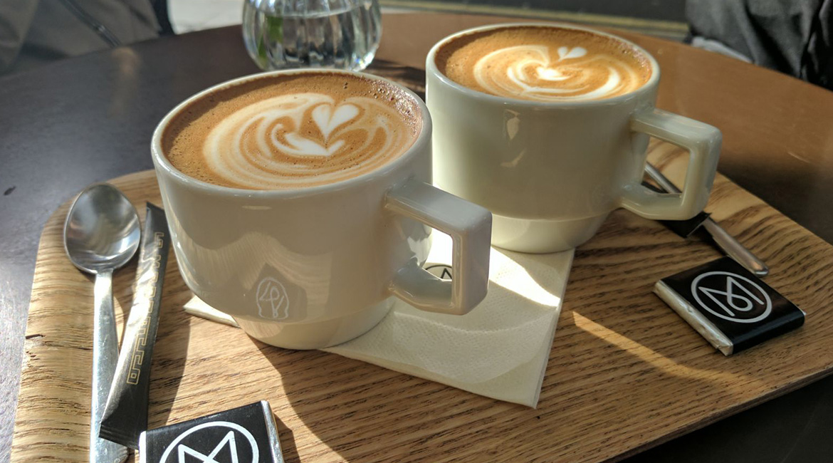 MONOCLE-CAFE-1